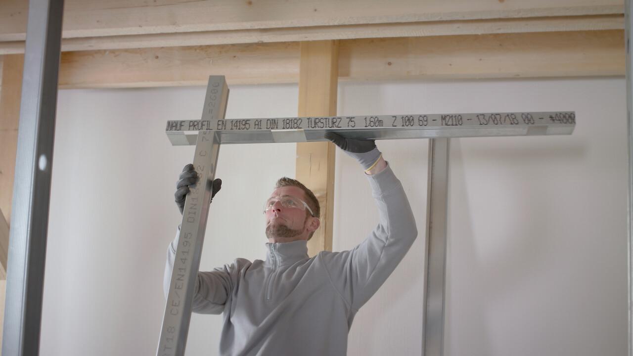 Vertikalaus ir horizontalaus profilio sujungimas
